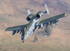 REVELL  03857 1:72 A-10 C Thunderbolt II ab 12 Jahre